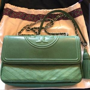 TORY BURCH FLEMING BAG IN GREEN